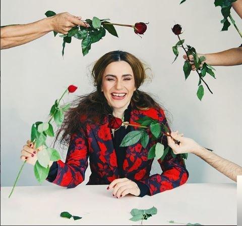 feat Mabel Matiz-Kör Heves